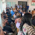 Un pubblico attento e numeroso era presente al consiglio comunale di insediamento (foto Giuliana Sciaboni)